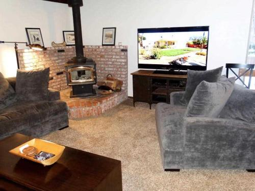 Mammoth Estates Condo 228 Photo