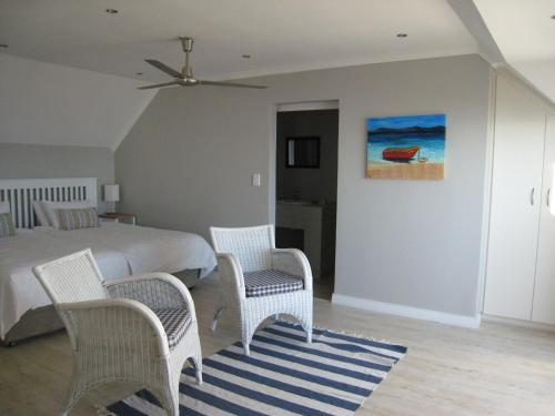 Oystercatcher Self-Catering Photo