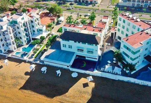 Гостиница «Best Western PLUS Luna del Mar», Мансанильо