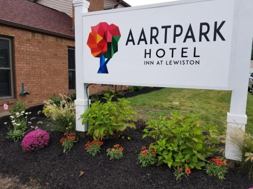 AArtpark Hotel Inn at Lewsiton Photo