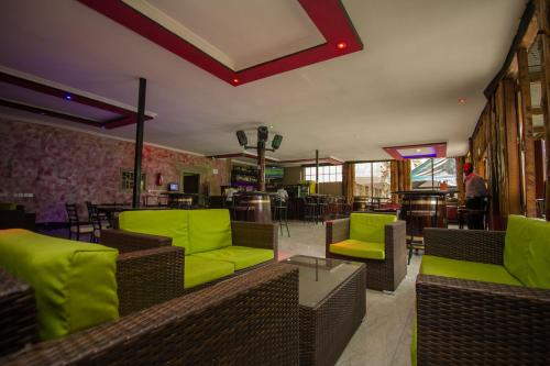 Balis Best Bar & Resort, Nairobi