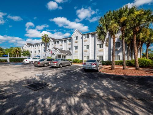 Microtel Inn & Suites By Wyndham Palm Coast - Palm Coast, FL 32137