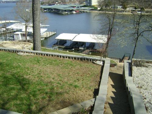 Allure of the Lake Apartment Photo