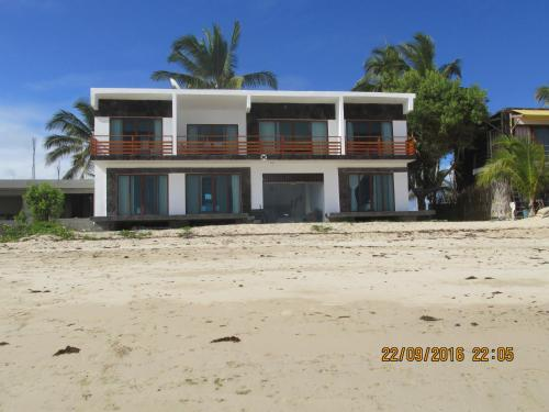 Cormorant Beach House Photo