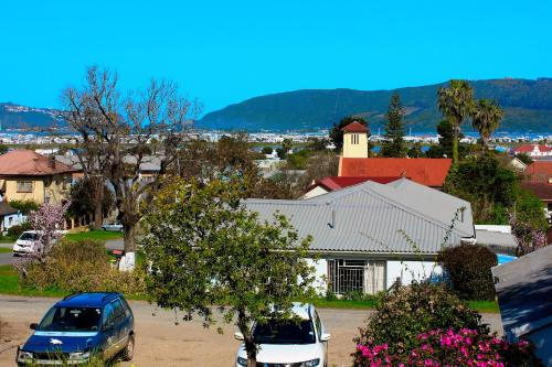Knysna Backpackers Lodge Photo