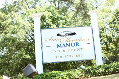 Stone Mountain Manor Photo
