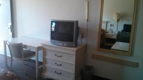 Quality Quarters Inn