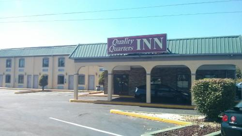 Quality Quarters Inn In Richmond Ky Indoor Pool Non
