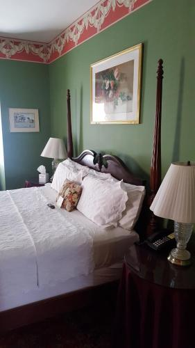 Barksdale House Inn Photo