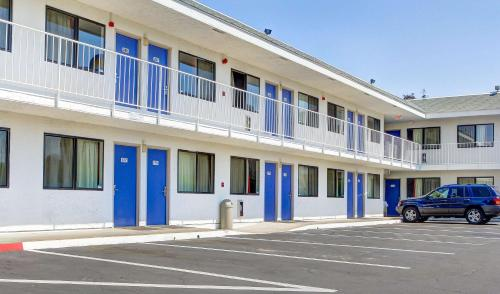 Motel 6 Medford South Photo