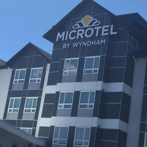 Microtel Inn & Suites by Wyndham Sudbury Photo