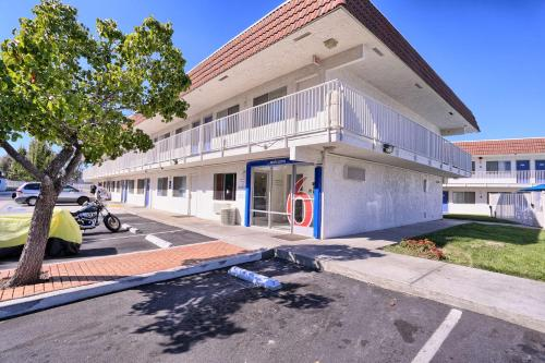 Motel 6 Pittsburg Photo