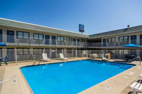 Motel 6 Waco - Bellmead Photo