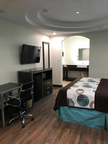 Americas Best Value Inn & Suites Spring / N. Houston Photo