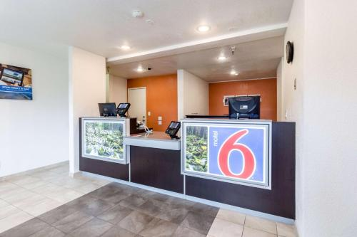 Motel 6 Seattle North - Kirkland Photo