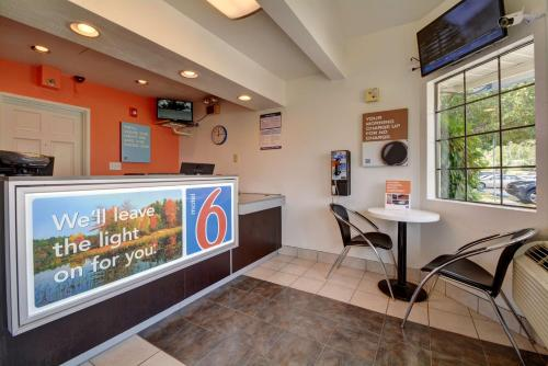 Motel 6 Hartford - Wethersfield Photo