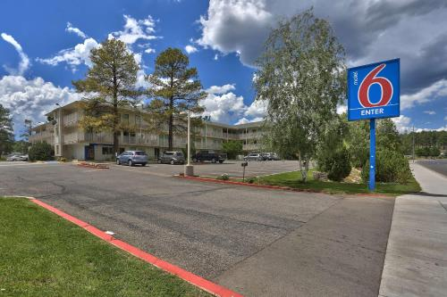 Motel 6 Flagstaff West - Woodland Village Photo
