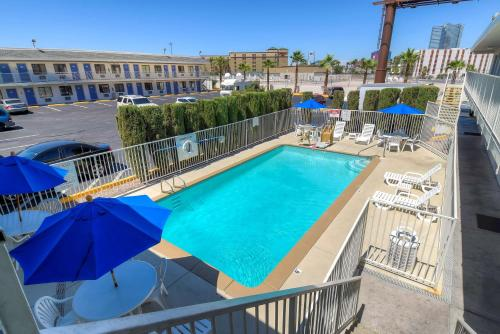 Motel 6 Las Vegas - I-15 photo 50