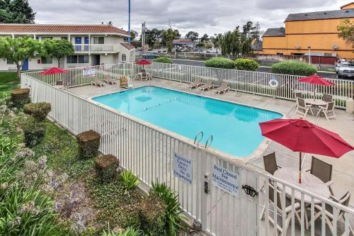 Motel 6 Salinas North - Monterey Area Photo