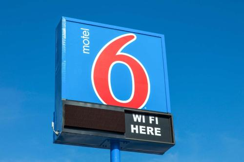 Motel 6 Phoenix Airport - 24th Street photo 37