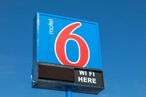 Motel 6 Phoenix Airport - 24th Street photo 38