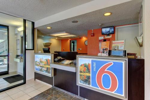 Motel 6 York Photo