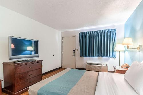 Motel 6 Detroit - Southgate Photo