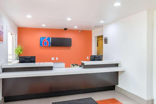 Motel 6-Grand Prairie/Arlington Photo