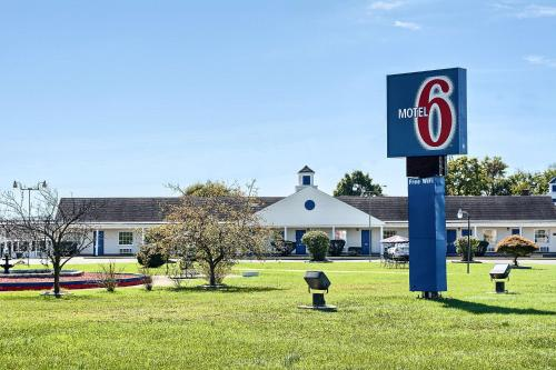 Motel 6 Harrisonburg South Photo