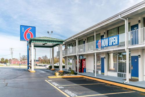 Motel 6 Somerset KY Photo