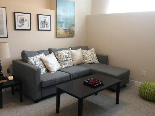 Coquitlam Westwood Guest House Photo