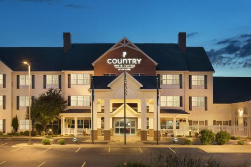 Country Inn & Suites - Appleton North Photo