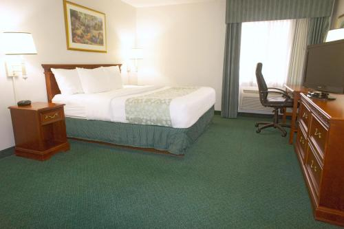 La Quinta Inn Columbus Dublin Photo