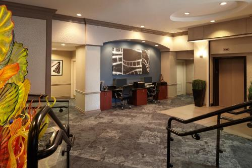 Residence Inn by Marriott Beverly Hills Photo
