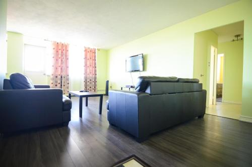 2 bedroom condo - Eglinton East Photo