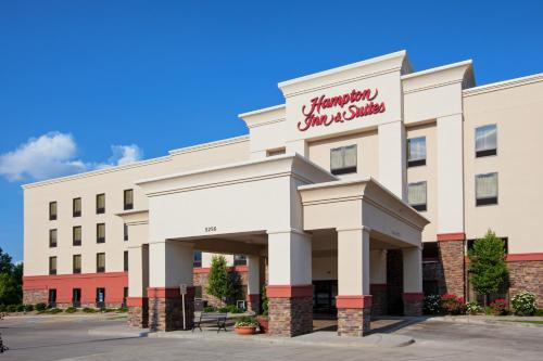 Hampton Inn & Suites Canton in North Canton