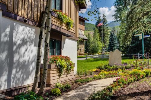 Lodge at Vail, A RockResort Photo