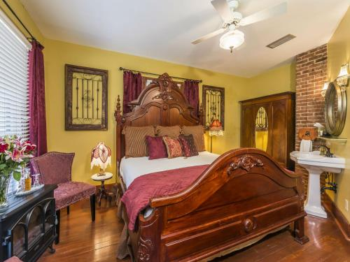 Carriage Way Bed & Breakfast Photo