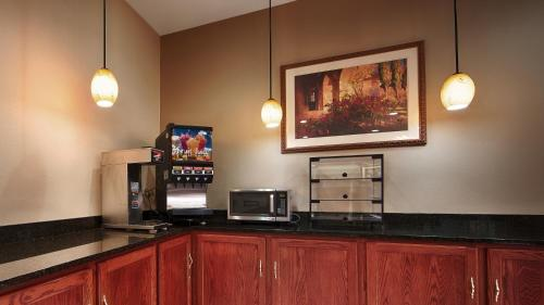Best Western Clearlake Plaza Photo