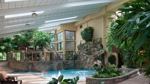 The Park Vista - A DoubleTree by Hilton Hotel - Gatlinburg Photo