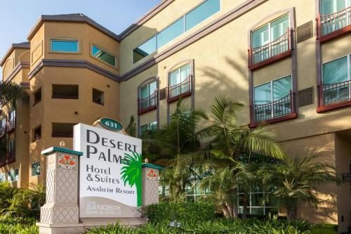 Desert Palms Hotel & Suites Anaheim Resort Photo