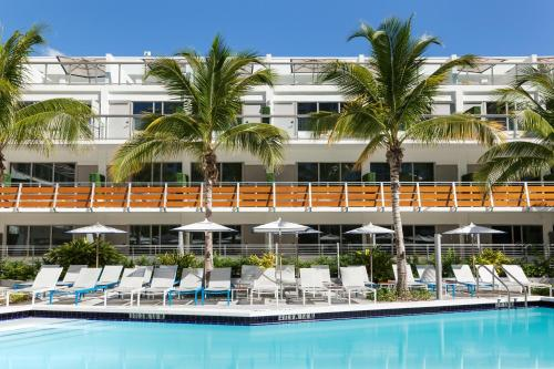 The Gates Hotel South Beach - a Doubletree by Hilton Photo