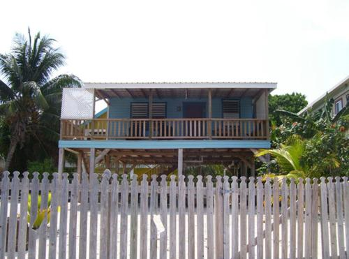 Carolyn's Other House, Caye Caulker