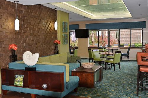 Residence Inn by Marriott Herndon Reston Photo