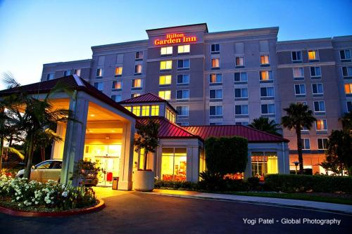 Hilton Garden Inn Oxnard/Camarillo Photo