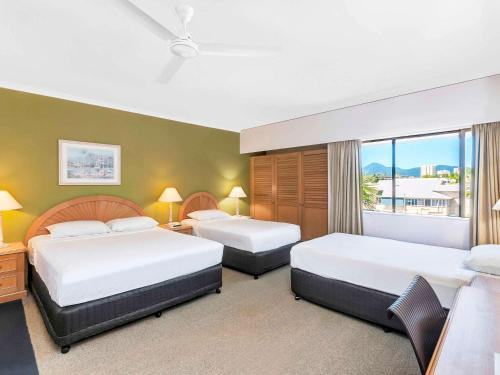 ibis Styles Cairns photo 9