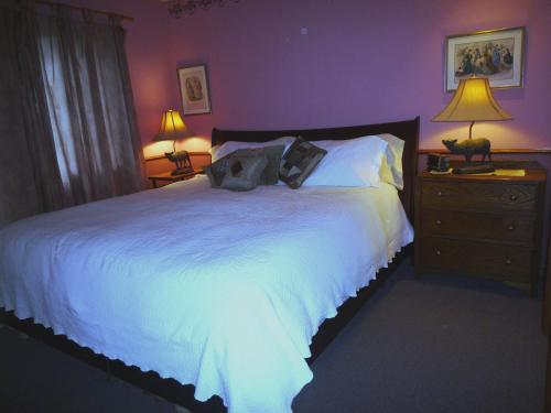 Inn at Clifftop Lane Bed and Breakfast Photo