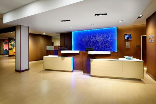 Fairfield Inn & Suites by Marriott Wheeling Triadelphia at The Highlands Photo