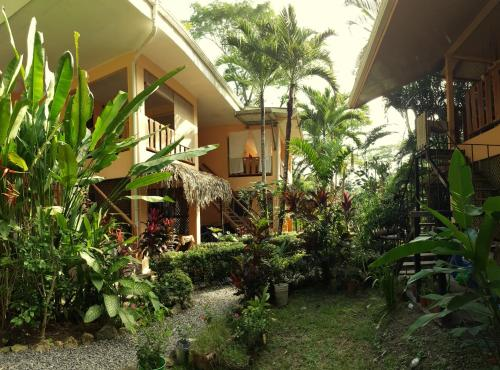 Mango 2 Bed Flat in Santa Teresa Photo