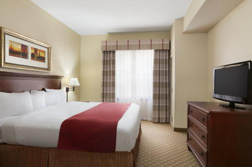 Country Inn & Suites by Radisson, Macon North, GA Photo